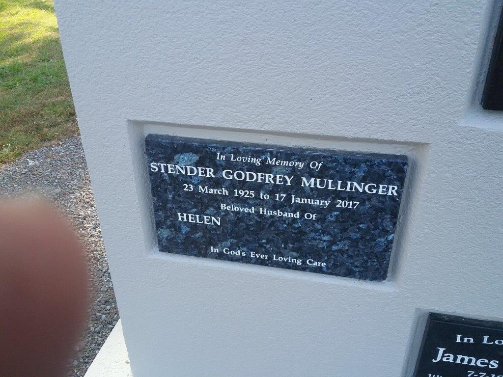 Mullinger niche wall plaque